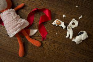 BrokenBeagle.jpg